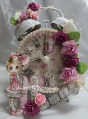 Klokke dekorert av Liz, England