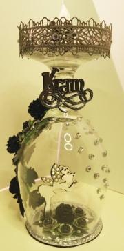 Glass dekorert av Laila, Sverige