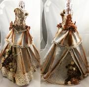 Kjole laget av Belinda, Norge