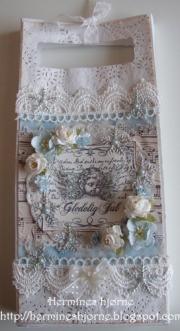 Gavepose laget av Marit, Norge