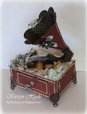 Grammofon laget av Kirsten, Norge