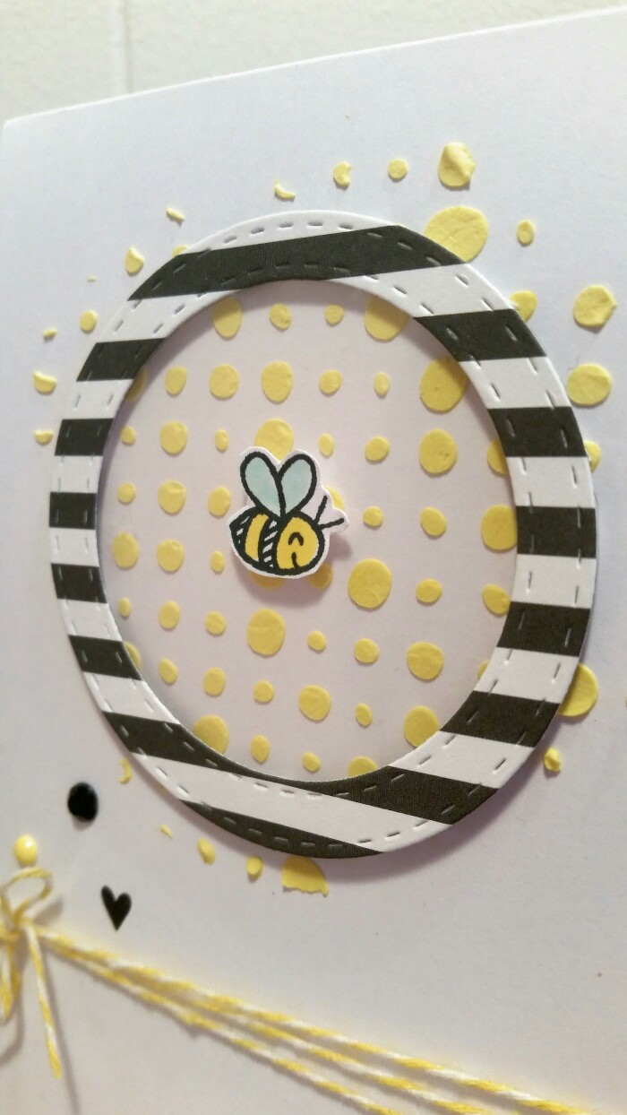 Bee1[1]